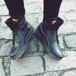DR MARTENS Newton Black Temperley Leather Boots